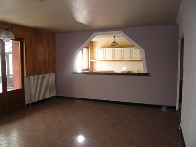 MODANE  Appartement 130 m² + atelier/bureau + box 2/11