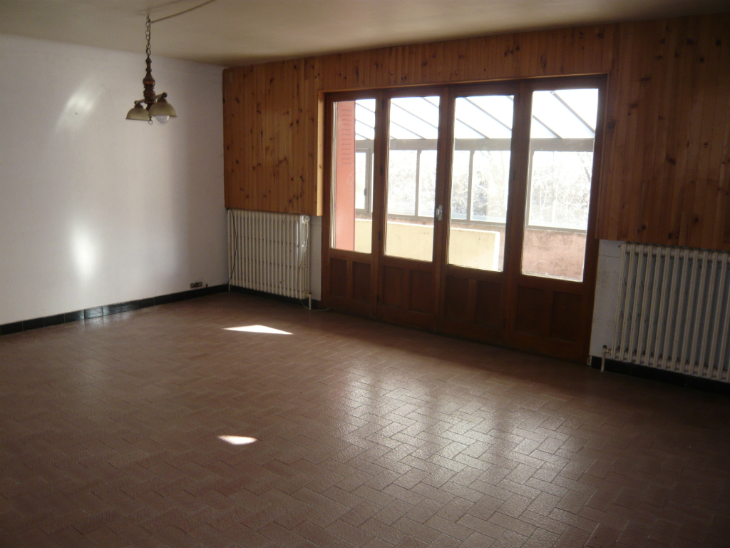 MODANE  Appartement 130 m² + atelier/bureau + box 3/11