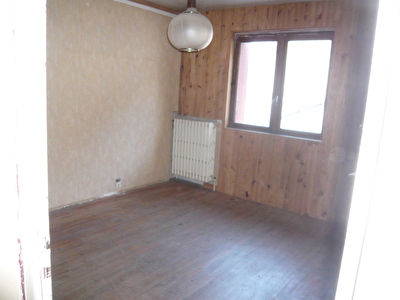 MODANE  Appartement 130 m² + atelier/bureau + box 5/11